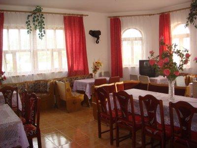 Кафе Долина Роз Оленевка